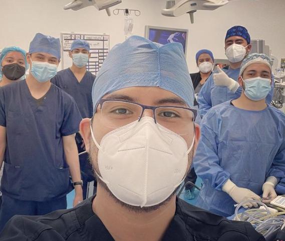 Dr. Edgar Serrano with surgical team - Dr. Edgar Serrano – Bariatric Surgeon in Tijuana, Mexico